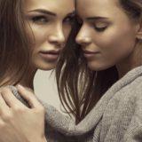 女性二人の画像