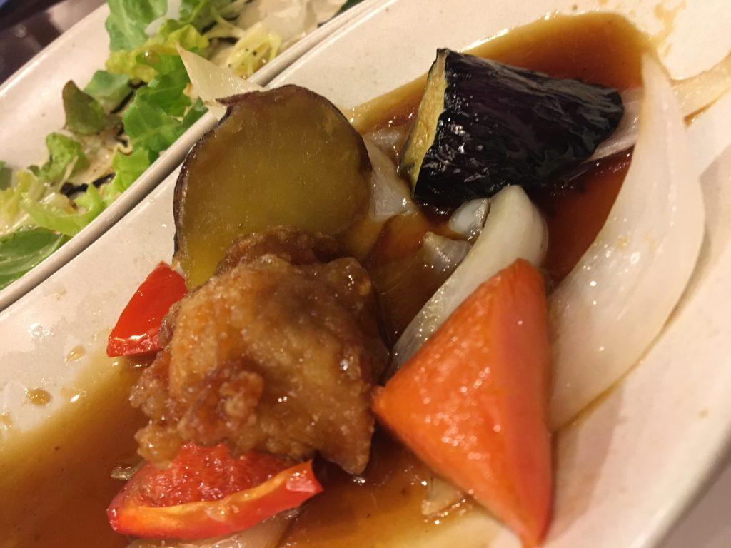 国産若鶏と彩り野菜の黒酢あんかけ定食
