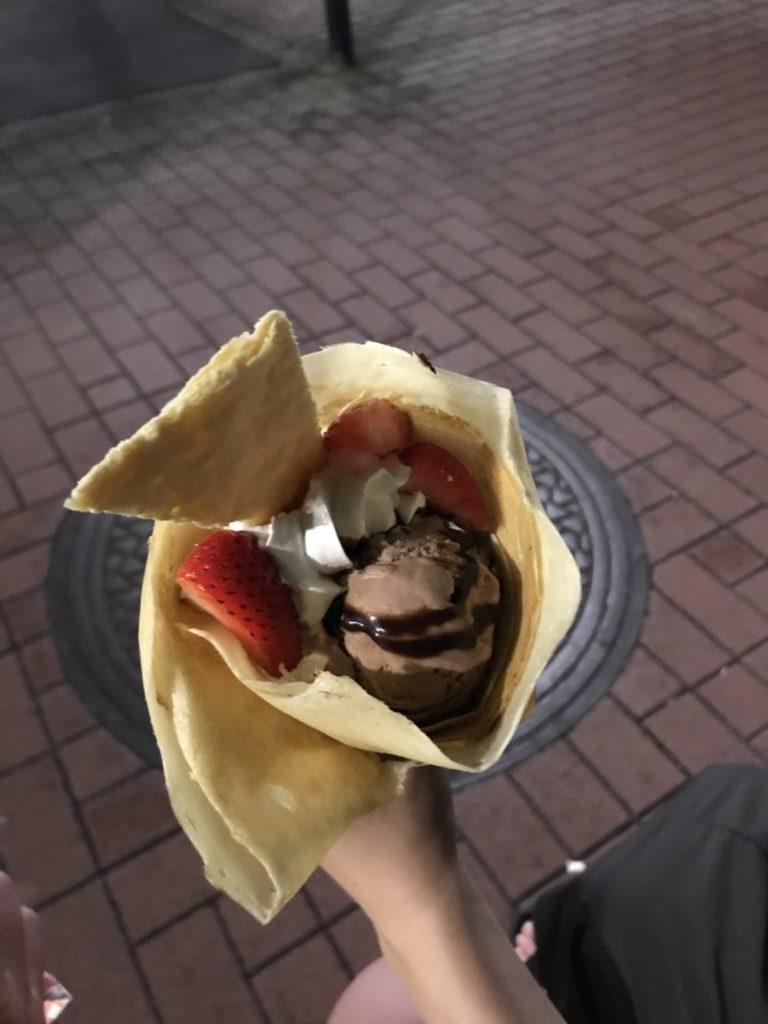 イチゴチョコショコラクレープ