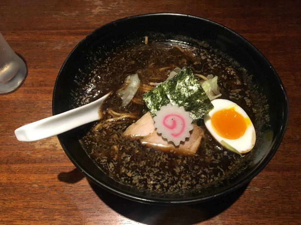 焦がし醤油麺