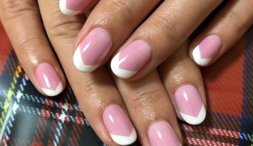 「フレンチネイル」自爪が綺麗に見えるジェルネイルデザイン!