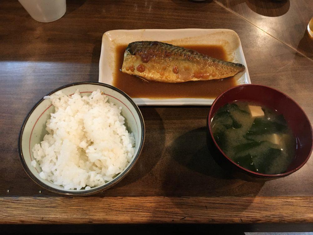 わらじ家のサバの味噌煮定食