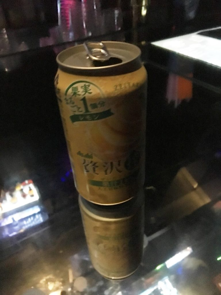 WARP SHINJUKUの缶酎ハイ