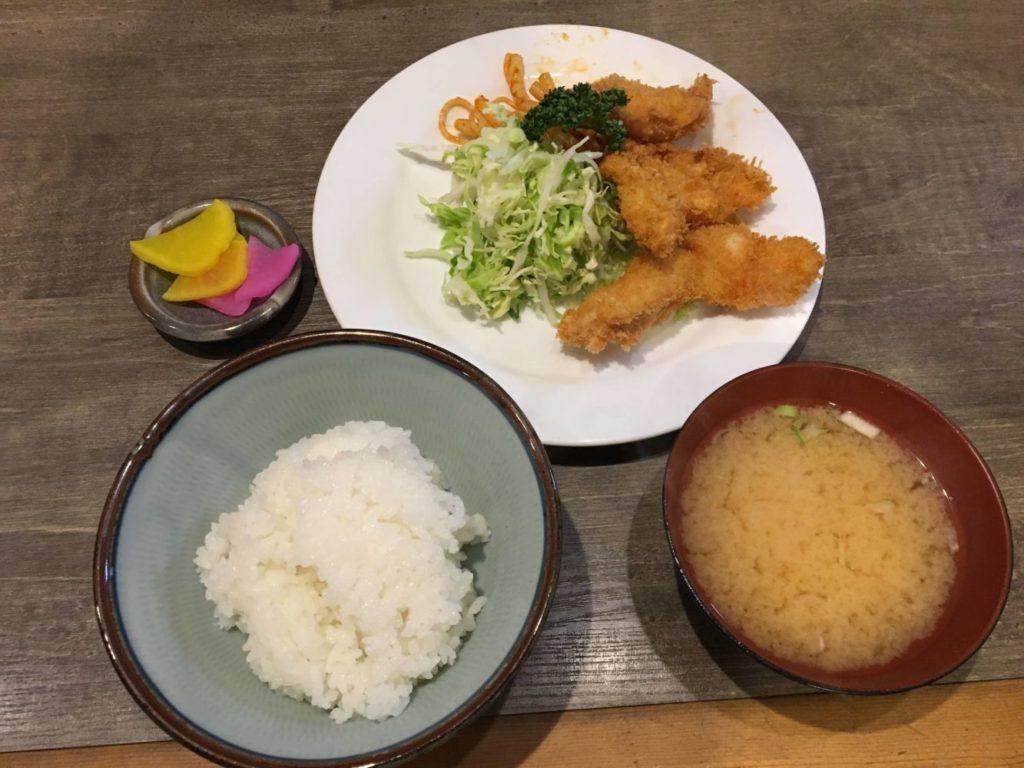 たしろの魚フライ定食