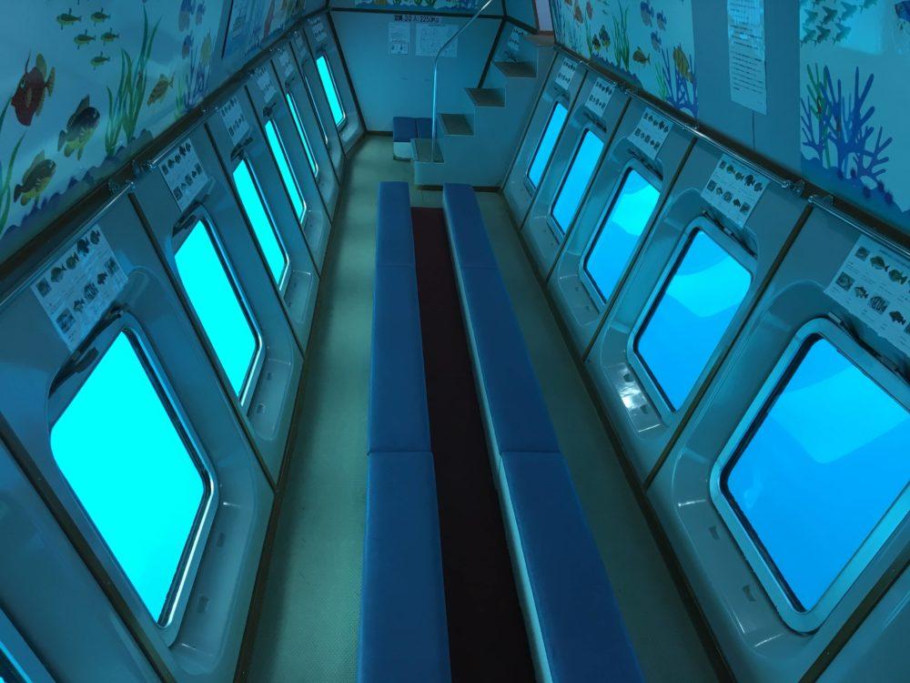 熱海遊覧船サンレモの海中展望室