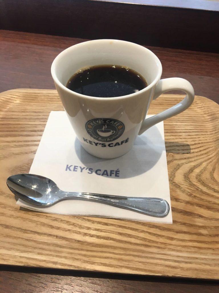 キーズカフェのブラックコーヒー