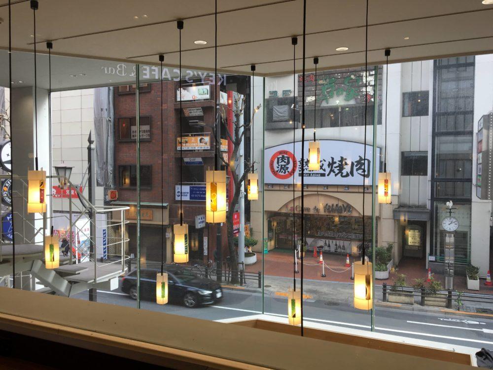 キーズカフェ ファーストキャビン赤坂店の窓から見える景色