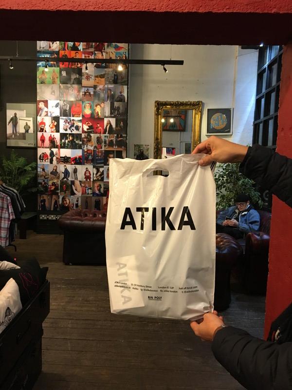 ATIKAのショップバッグ