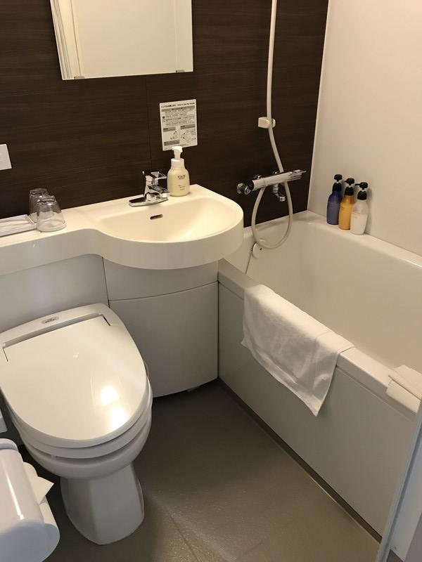 ホテル昭明館の8階 禁煙 ダブルルームのバスルーム
