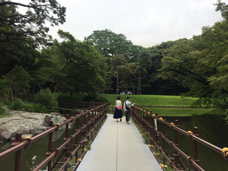 小石川後楽園内、橋の様子