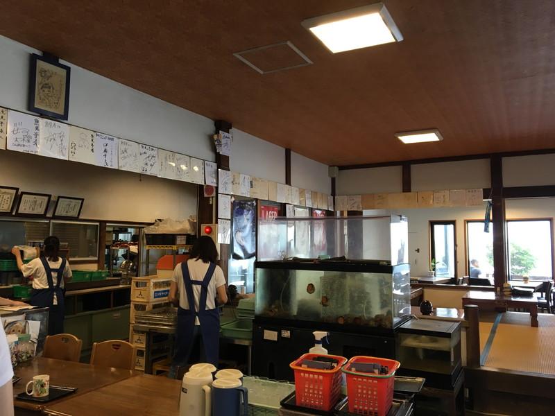 魚見亭店内の水槽