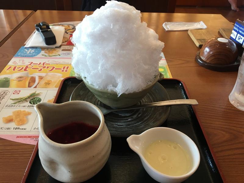 夢庵逗子店の純氷かき氷 イチゴミルク