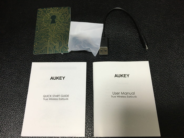 AUKEY EP-T21の付属品