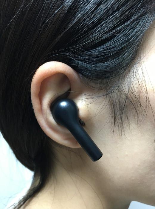 AUKEY EP-T21を耳に装着した感じ